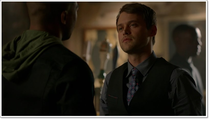 5 Amazing Characters From Originals Who Are LGBT